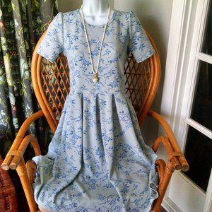 LuLaRoe Pretty Powder Blue Floral Amelia Dress SM
